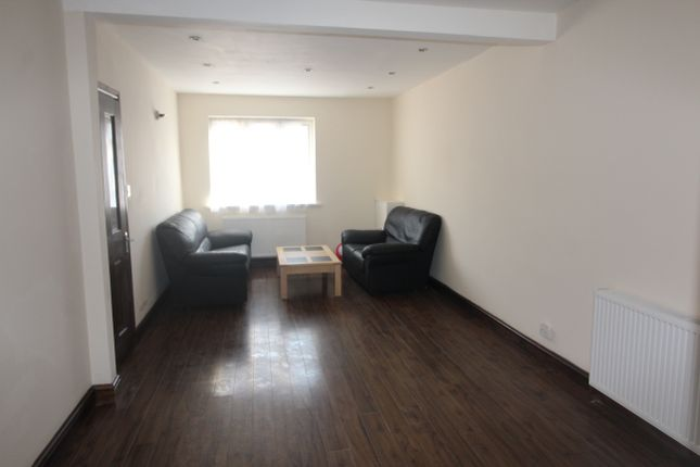 Thumbnail Terraced house to rent in East Avenue, Southall