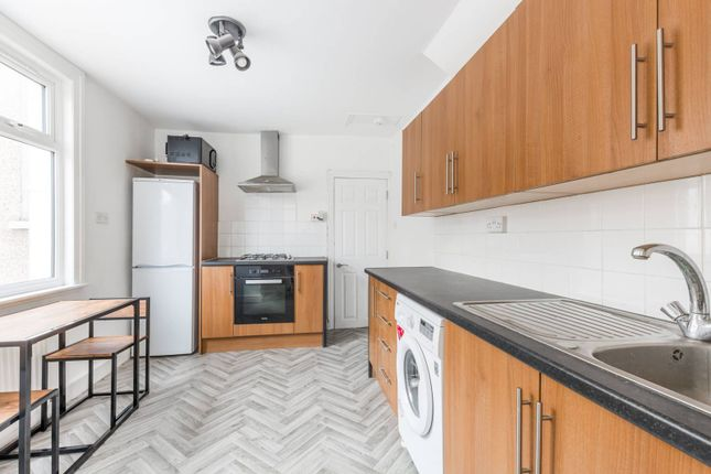 Thumbnail Flat for sale in Credon Road, Upton Park
