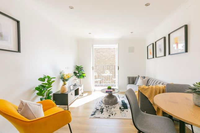 1 bed flat for sale in Richmond Upon Thames, London TW9