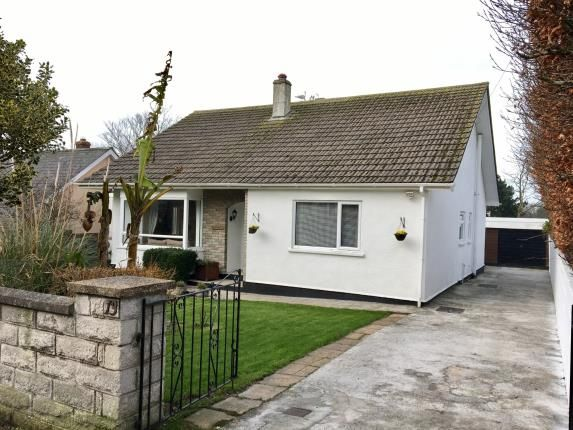 2 bed bungalow for sale in Redruth, Cornwall