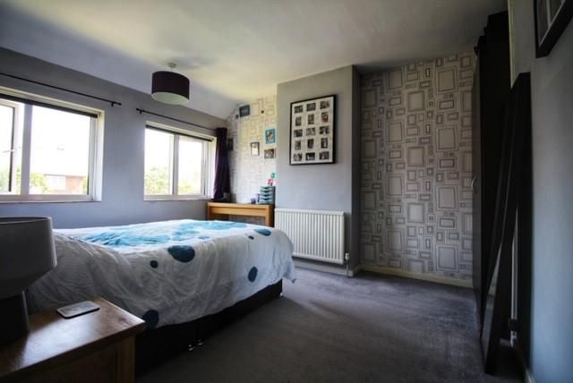 22 Maitland Avenue - Bedroom 1