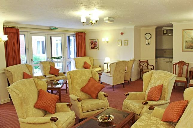Residents Lounge of Oak Court, Manchester M20
