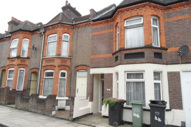 Thumbnail Property to rent in Belmont Road, Luton