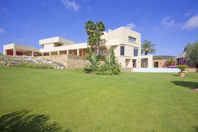 Thumbnail Villa for sale in La Reserva, Sotogrande, Cadiz, Spain