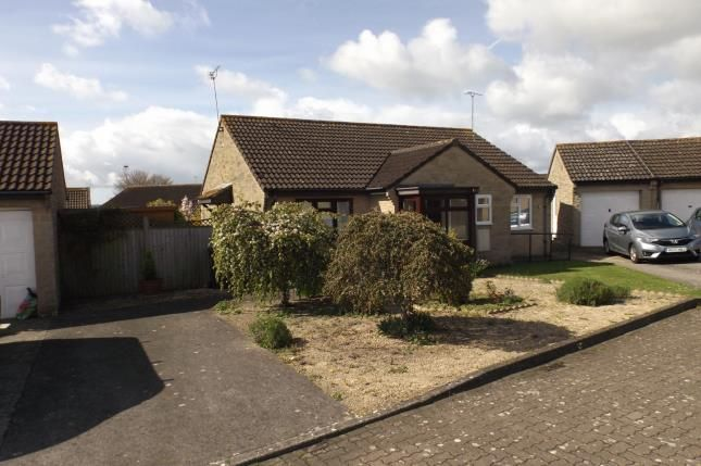 Thumbnail Bungalow for sale in Malvern Court, Yeovil