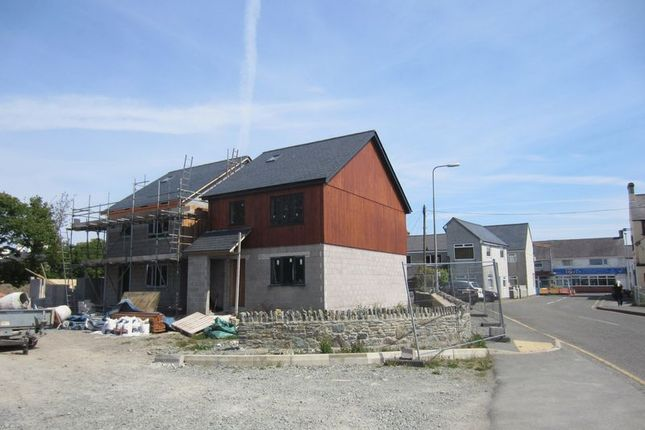 Thumbnail Detached house for sale in Salem Street, Amlwch