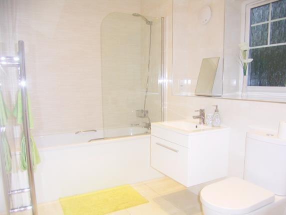 Bathroom of Hodge Hill Common, Birmingham, West Midlands B36