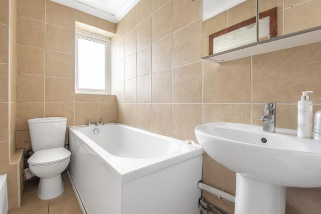 Bathroom of Heron Hill, Belvedere DA17