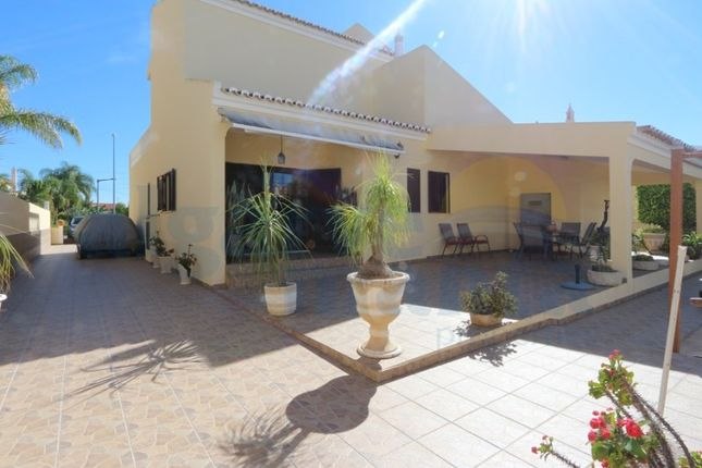 Thumbnail Detached house for sale in Val Carangueijo (Santa Maria Tavira), Tavira (Santa Maria E Santiago), Tavira