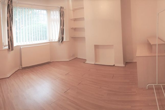 Thumbnail Property to rent in Bolton Avenue, West Disbury, Manchester