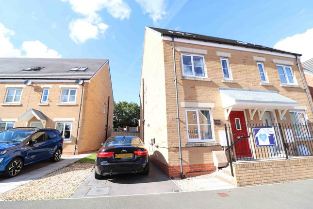 Thumbnail Semi-detached house to rent in Beauchamp Walk, Swansea