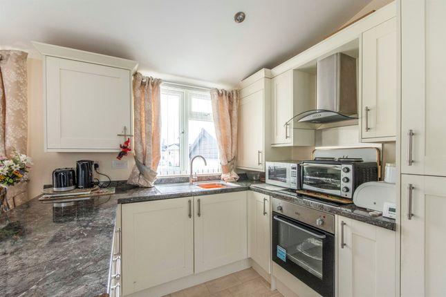2 bedroom detached bungalow for sale in Grange Lane, Wadworth, Doncaster