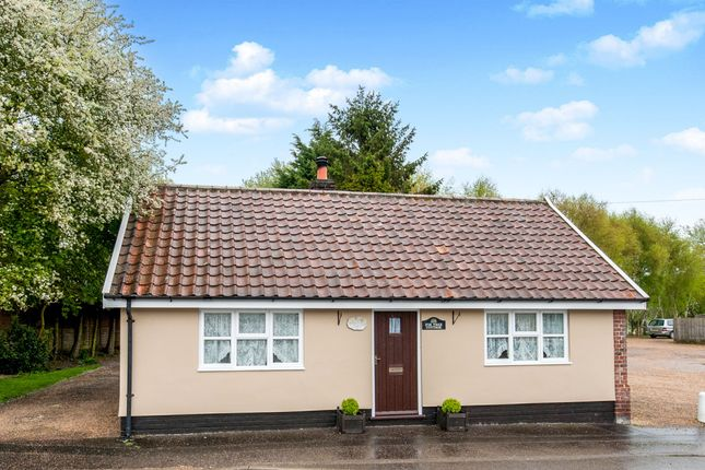 Thumbnail Detached house for sale in The Green, South Lopham, Diss