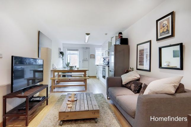 Thumbnail Flat to rent in Windus Road, London