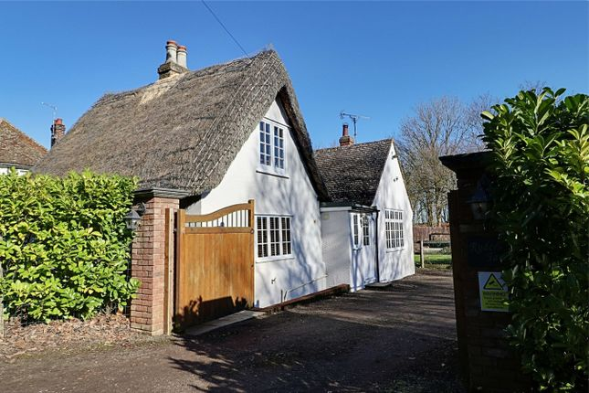 Thumbnail Cottage for sale in Burton End, Stansted, Essex