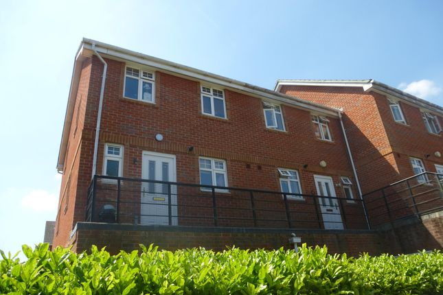 Thumbnail Flat to rent in Pirelli Way, Eastleigh