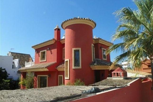 3 bed villa for sale in Marbella, Malaga, Spain