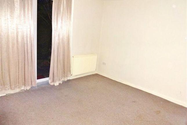 Flat to rent in Langton Road, Harrow
