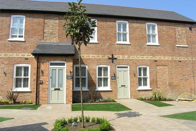 Thumbnail Flat to rent in Rowlett Place, Radnor Road, Weybridge, Surrey