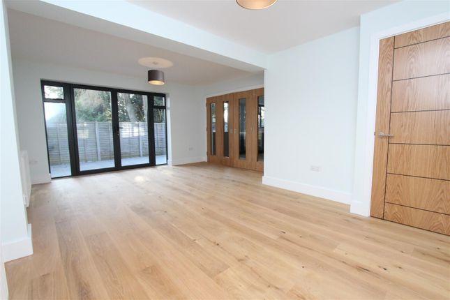 Thumbnail Detached house to rent in Ivy House Road, Ickenham, Uxbridge