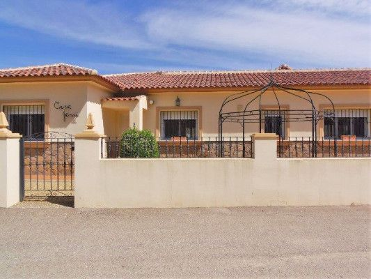 Thumbnail Detached bungalow for sale in Arboleas, Almería, España, Arboleas, Almería, Andalusia, Spain