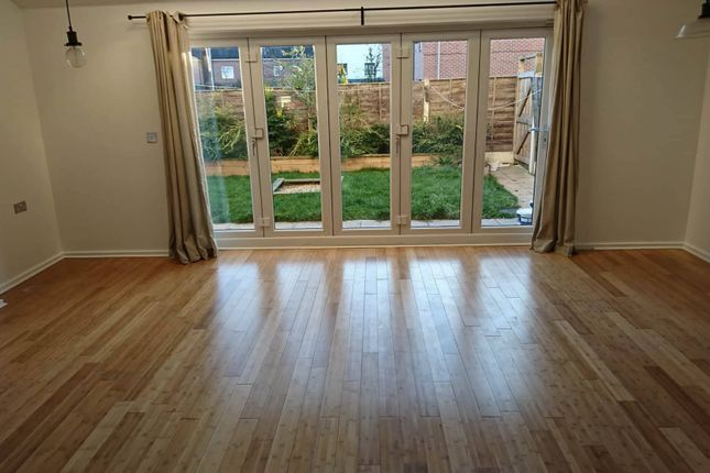 Thumbnail Flat to rent in Broughton Lane, Salford, Lancashire