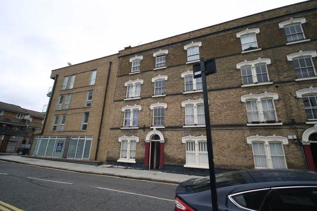 Thumbnail Flat to rent in Penton Place, London