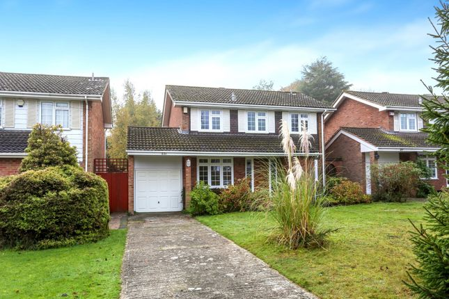 Thumbnail Detached house to rent in Grove Wood Hill, Coulsdon