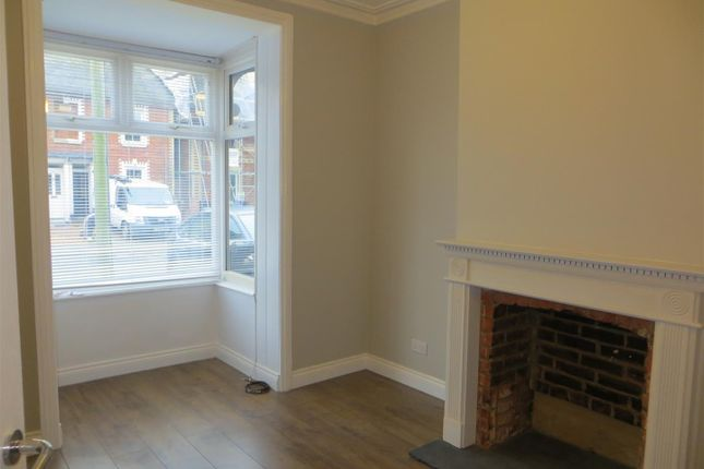 Thumbnail Property to rent in Winchester Road, Romsey