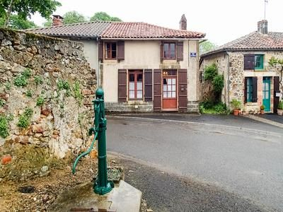 2 bed property for sale in Availles-Limouzine, Vienne, France