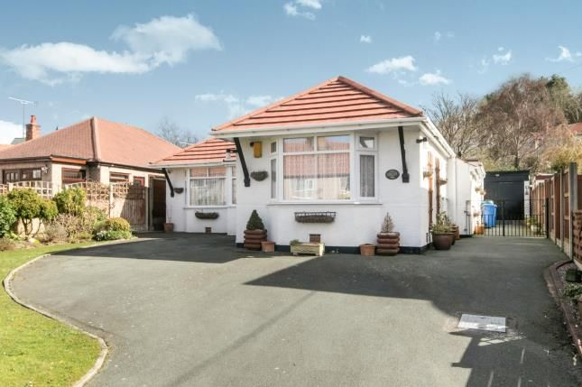 Thumbnail Bungalow for sale in Thomas Avenue, Dyserth, Denbighshire, .
