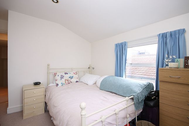Highres1198440 of Dorothy Road, London SW11