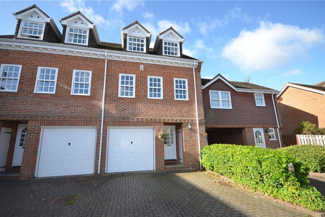 3 Bed End Terrace House For Sale In Calcott Park Yateley Hampshire