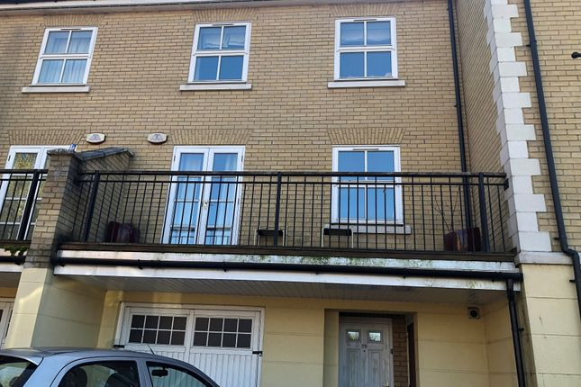 Thumbnail Terraced house for sale in Albany Gardens, Colchester