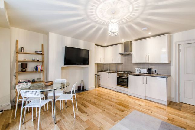 Thumbnail Flat to rent in Amwell Street, Clerkenwell