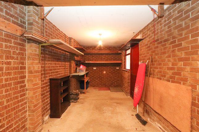 Garage of Horseshoe Close, Wales, Sheffield S26