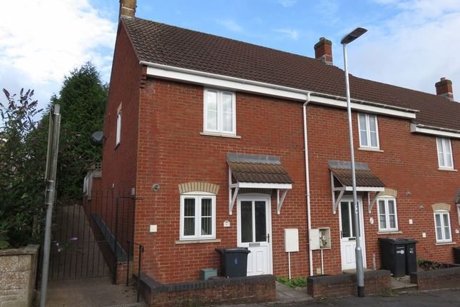Thumbnail Terraced house to rent in Helliers Road, Chard