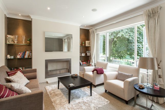 Thumbnail Property to rent in Phillimore Gardens Close, London