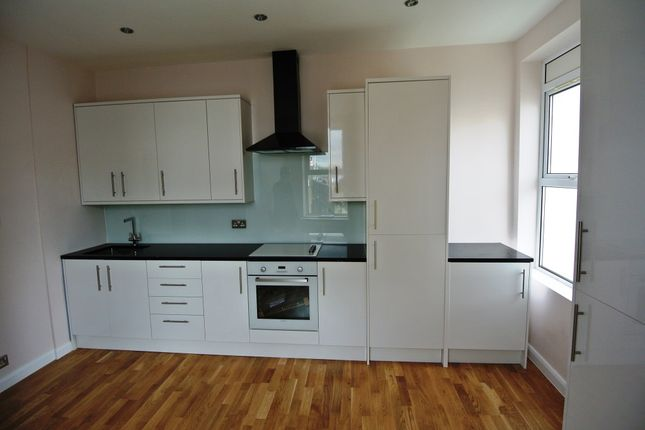 Thumbnail Flat for sale in Ladywell Road, Ladywell