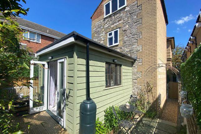 Park Road Ryde Po33 2 Bedroom Detached House For Sale 58993875 Primelocation