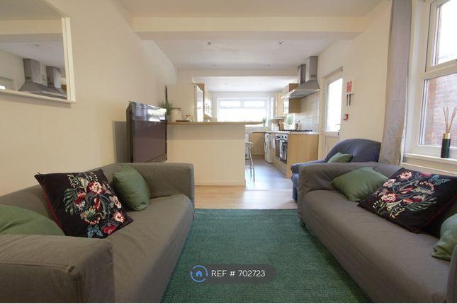 Living Room of Basingstoke Road, Reading RG2