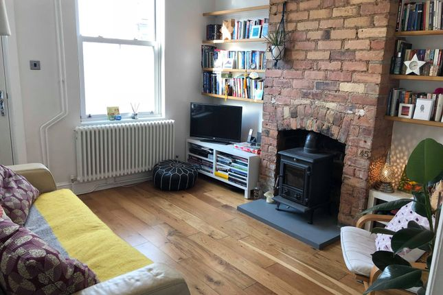2 bed terraced house to rent in Larges Street, Derby