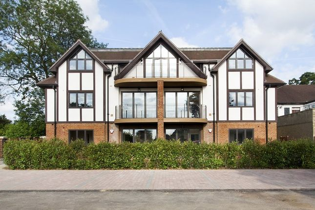 Picture No. 2 of Flat 1, Marden Manor, 1 The Crescent, Station Road, Woldingham CR3