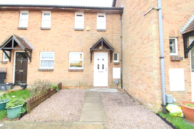 2 bed terraced house to rent in Glenfield Road, Luton LU3