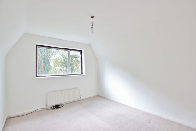 Bedroom of Highgate Close, Heswall, Wirral CH60