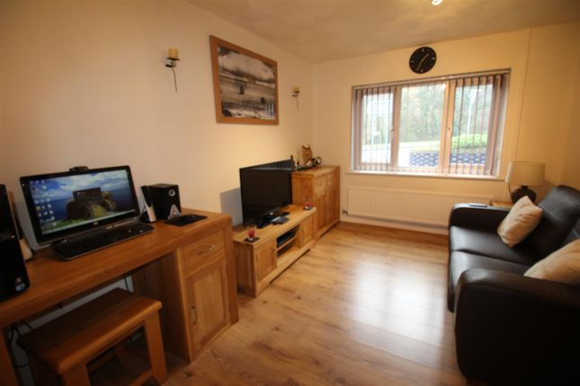 Thumbnail Flat for sale in Cwmcarn, Cross Keys, Newport