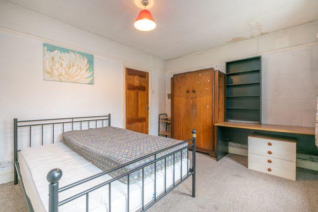 Bedroom 1 B of St. Peters Road, Reading, Berkshire RG6