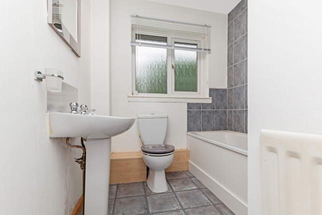 Bathroom of Todburn Drive, Paisley, Renfrewshire, . PA2