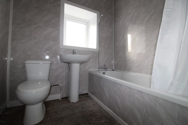 Thumbnail Terraced house to rent in Hodgson Street, Oswaldtwistle