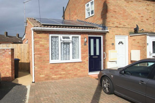 1 bed bungalow for sale in Commons Lane, Hemel Hempstead Industrial Estate, Hemel Hempstead